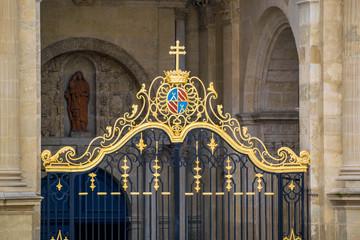 Wall Mural - Auch, Gers, portail de la cathédrale saint-Marie.