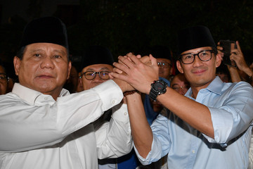 Gerindra Party Chairperson Prabowo Subianto (L) and Jakarta Deputy Governor Sandiaga Uno announce their bid in the 2019 presidential elections in Jakarta