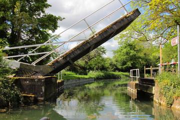 An open lift bridge on the Basingstoke Canal