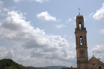 Campanario de la iglesia de Vila-rodona en Tarragona