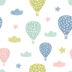 Photo sur Plexiglas Montgolfière / Dirigeable Childish seamless pattern with cute hot air balloon. Creative texture for fabric