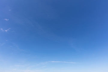 Leerer blauer Himmel als Natur Hintergrund