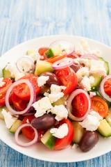 Griechischer Bauernsalat auf Teller