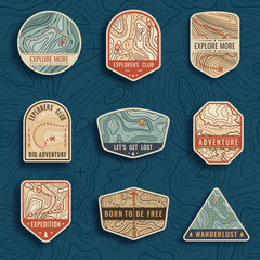 Foto auf AluDibond Retro Set of nine topographic map travel emblems. Outdoor adventure emblems, badges and logo patches. Forest camp labels in vintage style. Map pattern with mountain texture and grid