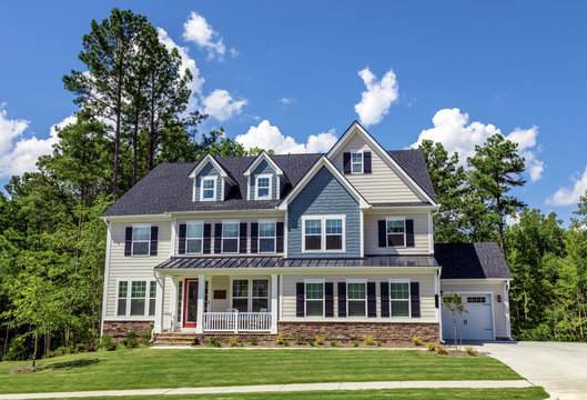 Beautiful newly built  house, American colonial style