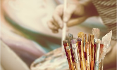 Old different Artist brushes