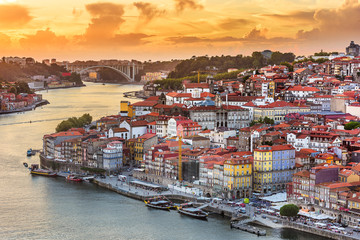 Fotomurales - Porto, Portugal old town skyline from across the Douro River..Porto, Portugal old town skyline