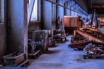 alte verlassene Werkhalle