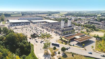 Luftbild der Schlüterhallen in Freising, Einkaufszentrum, Bayern, Deutschland