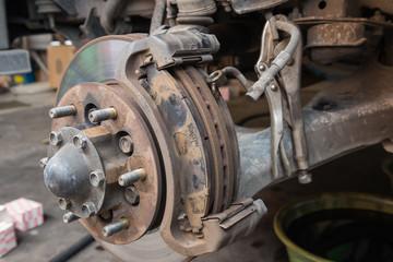 Dish brake repairing in the garage