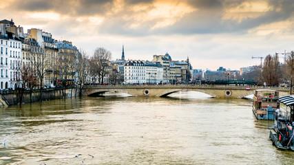 Inondations lors de la crue de la Seine en 2017