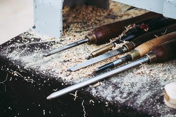 Outils d'un tourneur sur bois
