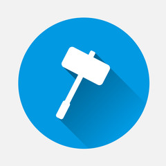 Vector image of a hammer on blue background. Flat image hammer icon with long shadow. Layers grouped for easy editing illustration. For your design.