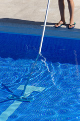 Summer pool cleaning maintenance service
