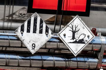 Gefahrguttransport Warnzeichen