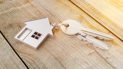 Haus und Schlüssel Konzept für Hauskauf