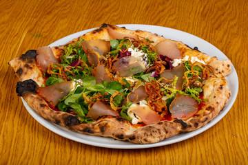 Pizza with hamon