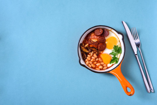 Traditional English Breakfast.View above, flat lay