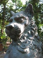 流山市駒木の諏訪神社にある狛犬(吽形像)