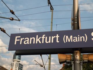 Fotobehang Treinstation Frankfurt (Main) Süd railway station sign. Frankfurt South station or Südbahnhof is one of three railway stations for long-distance train services