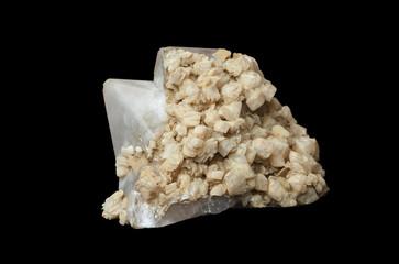 the crystals of quartz and calcite