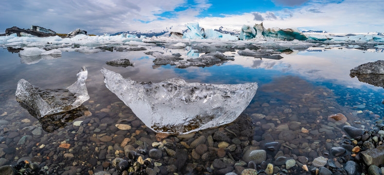 Wonderful view of Glacier Lagoon, Jokulsarlon, on South Iceland
