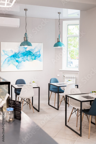 Terrific Minimalistic Interior Of Small Cafe In Blue And White Tones Alphanode Cool Chair Designs And Ideas Alphanodeonline