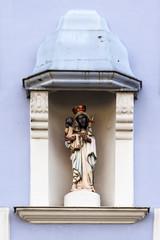 Straubing, Heiligenbild an Hausfassade