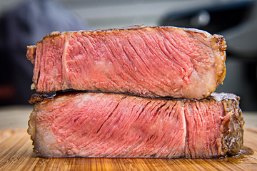 Steak medium gegrillt