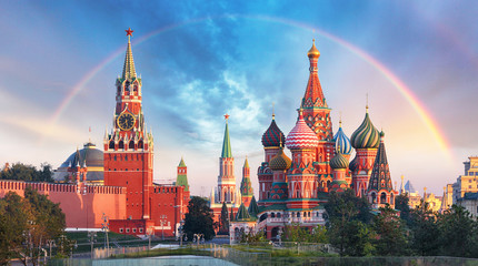 Garden Poster Asian Famous Place Moscow - Panoramic view of the Red Square with Moscow Kremlin and St Basil's Cathedral with rainbow