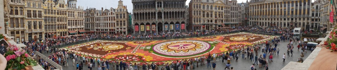 Brüssel - Grand Place - Herz und Bühne der Stadt (Blumenteppich 2018)