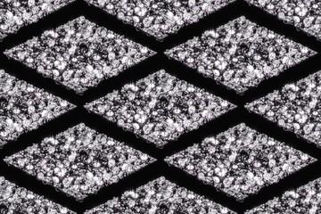 Seamless patterns of diamonds