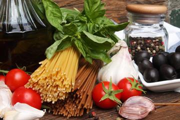 składniki na spagetti