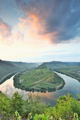 Foto auf Leinwand Fluss bend of river Moselle, Germany