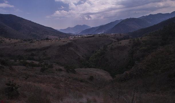 vista de montes en la sierra de puebla