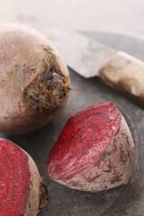 preparing fresh beetroot