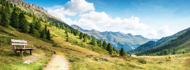 Foto auf Acrylglas Panoramafotos panorama montano delle dolomiti