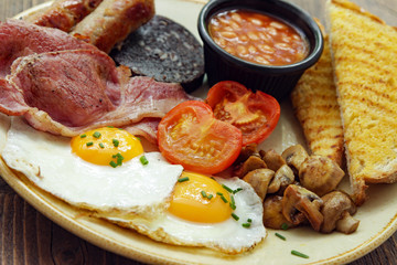 traditional cooked full English breakfast