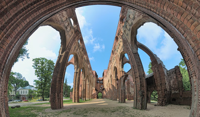 Foto auf Gartenposter Ruinen Panorama of ruins of Tartu Cathedral, Estonia. The cathedral was built from the 13th to 15th century and was abandoned and began to ruined from the second half of the 16th century.