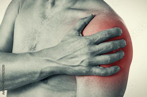Schmerzen In Der Schulter Beim Atmen