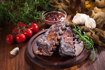 Spicy barbecued pork ribs