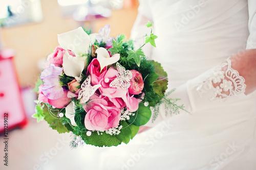 Hochzeitsblumen Traumhochzeit In Weiss Stock Photo And Royalty Free