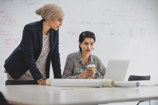 Arabic businesswomen working in an office