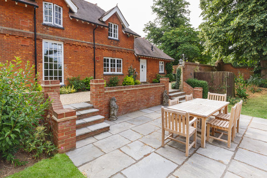 Large English house and garden