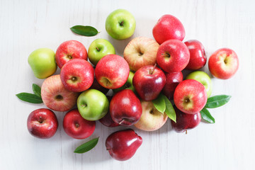 Fresh red and green apples