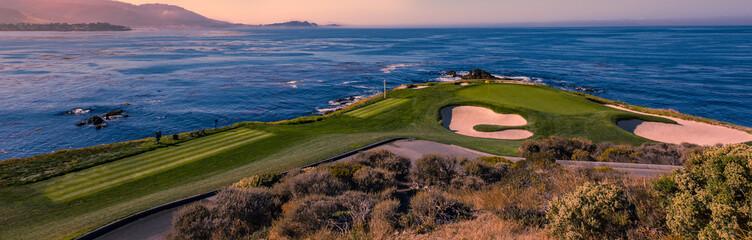 Foto auf Acrylglas Golf Pebble Beach golf course, Monterey, California, USA