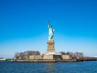 Statue of Liberty from Cruiser at Manhattan, New York City クルーザーから見た自由の女神
