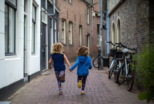 Children playing in a Dutch city