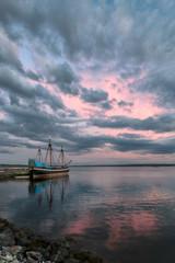 Fototapete - Ship Hector replica at sunset in Pictou, Nova Scotia