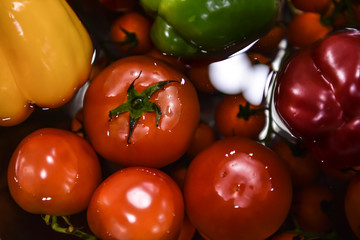 Fresh tomatoes are clean.